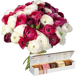 Ranunculus Bouquet with chocolates