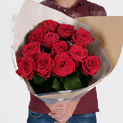 Bouquet 12 Long-stemmed red roses